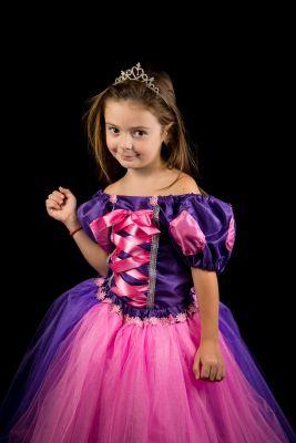 Inchiriere rochita Rapunzel 212